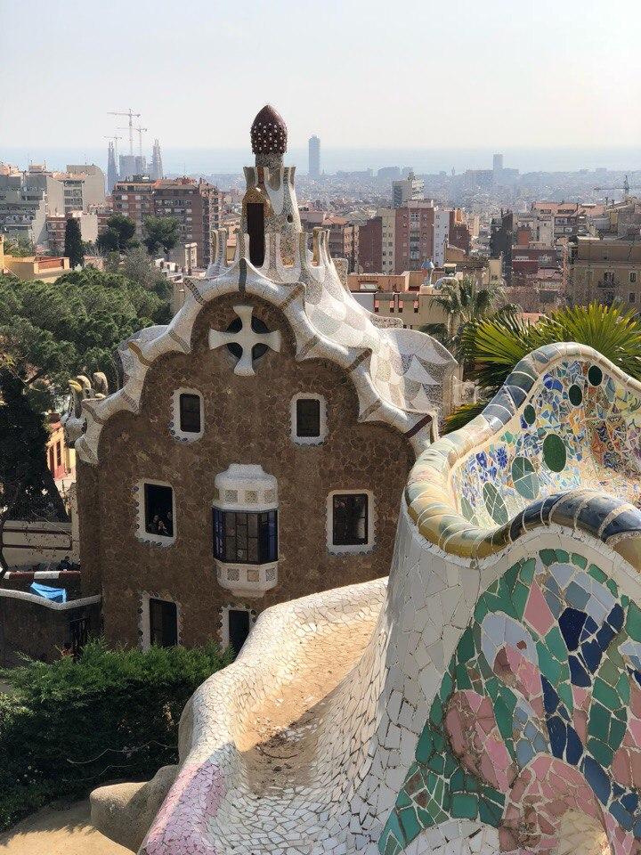 Прогулки по Барселоне в тени Гауди