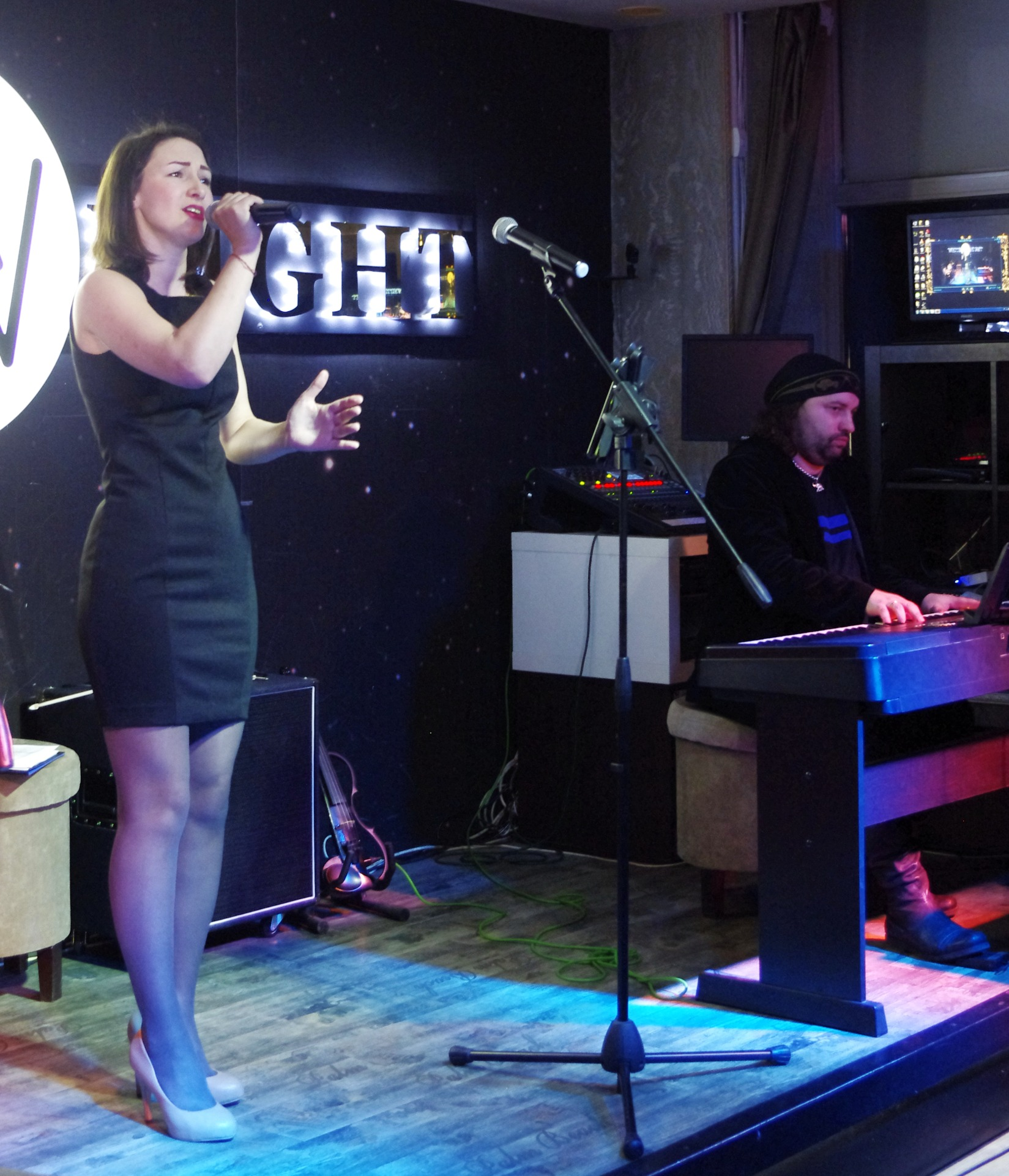 Анна Лебедева на творческом вечере Фила Гинзбурга