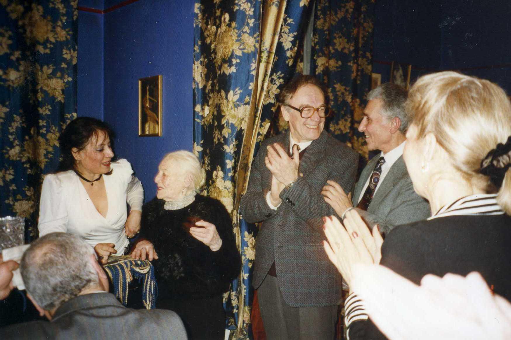Ирэна Морозова с Изабеллой Юрьевой